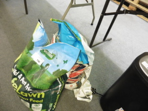 2 Part bags of safe lawn lawn feed